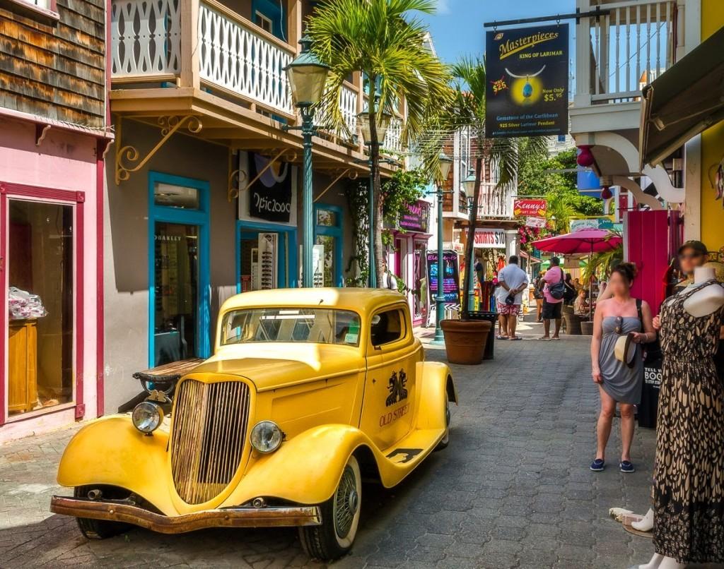 Old street Philipsburg Saint-Martin Sint Maarten Morgan Tiphagne